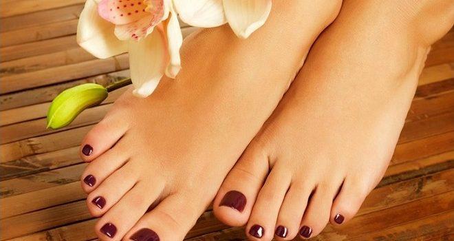 ¿Usas esmalte en las uñas de los pies?